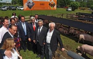 """Scioli ponderó """"sustitución de importaciones"""" para fomentar el """"trabajo argentino"""" hoy en Chacabuco."""