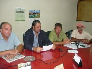 Conferencia de prensa realizada en la Sociedad Rural de Chacabuco.