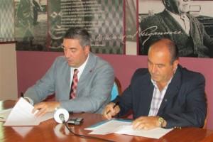 Convencio con Agricultores Federados Argentinos.