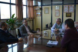Concejales del PJ-FPV con el presidente de la Coop. Eléctrica de Chacabuco, Ricardo Ciminelli.