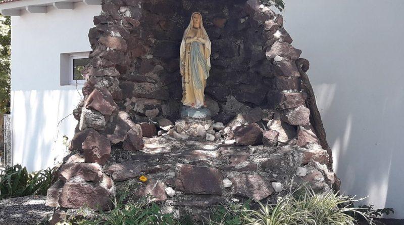 Virgen Nuestra Señora de Lourdes.