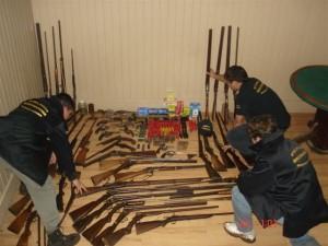 Imagen de las armas secuestradas en Chacabuco.