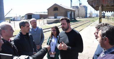 Aiola junto a funcionarios de Trenes Argentinos
