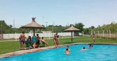 En Castilla también inició la colonia en el complejo deportivo de la localidad.