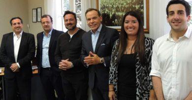 El Intendente firmó convenios para poner en marcha las Oficinas de Migraciones y RENAPER en Chacabuco
