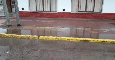 Lugar dónde se ha dañado caño de red troncal de agua potable