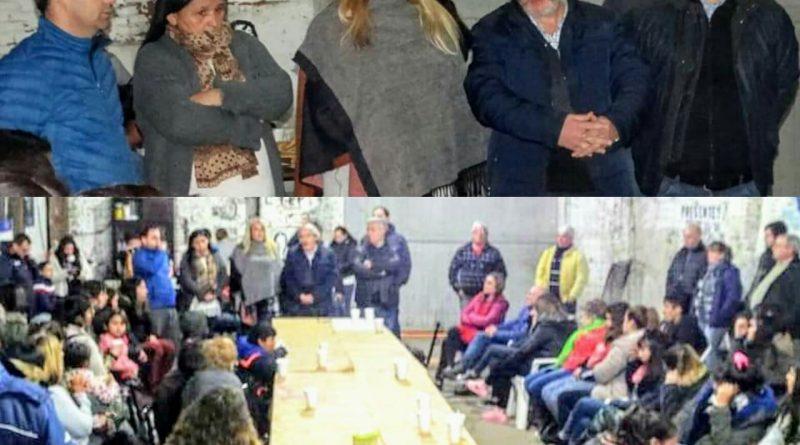 """Ciminelli estuvo reunido con militantes de las Unidades Básicas """"Evita Capitana"""" y """"Luche y Vuelve"""""""