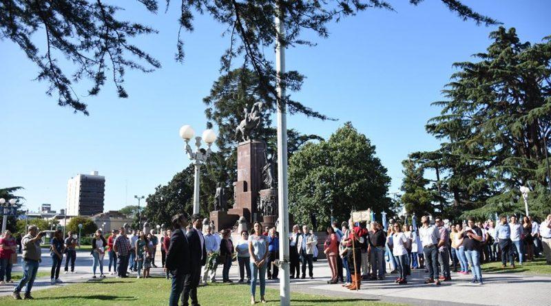 Se llevó a cabo Acto Oficial por el 203º Aniversario de la Batalla de Chacabuco en la plaza San Martín de la Ciudad Cabecera