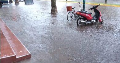 El agua en avenida Soárez
