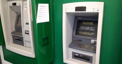 La suma de dinero se extravió a la salida de los cajeros del BAPRO Rawson