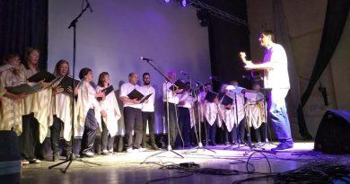 El de coro la subsede de la Escuela de Actividades Culturales de Rawson, a cargo del profesor Christian Fagán actuará en Colon, Entre Ríos