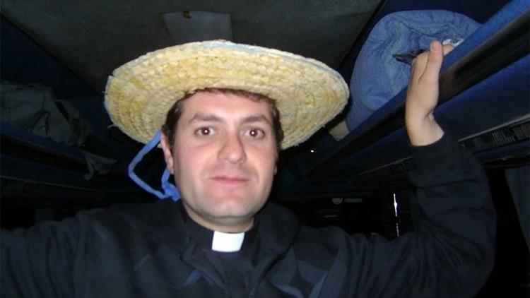 Nelson Cuello era cura en la Parroquia de San Agustín, de San Juan
