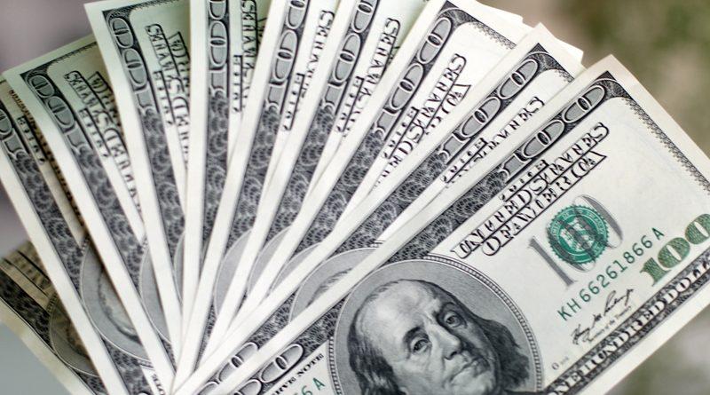 Limitan la compra de dólares a $ 10.000 a partir de hoy