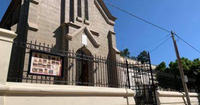 Imagen actual del frente de la iglesia de Rawson