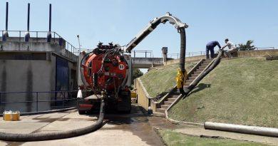 Por limpieza de pozo digestor de Planta Depuradora Cloacal Este de Chacabuco se siente malos olores en sectores cercanos a la misma