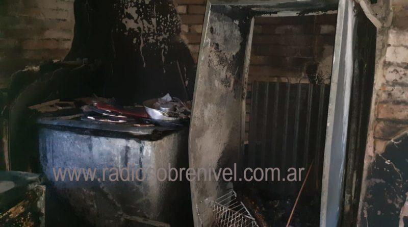 Imagen tras el incendio en vivienda de familia Wilson-Báez