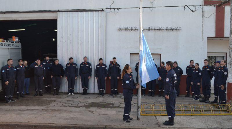 Izamiento de la bandera argentina